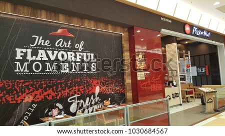 Pizza Store Front Stock Images, Royalty-Free Images & Vectors | Shutterstock