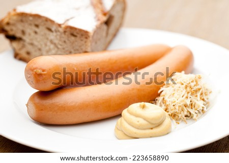 """Frankfurter"" - Vienna sausages with bread, horseradish and mustard - stock photo"