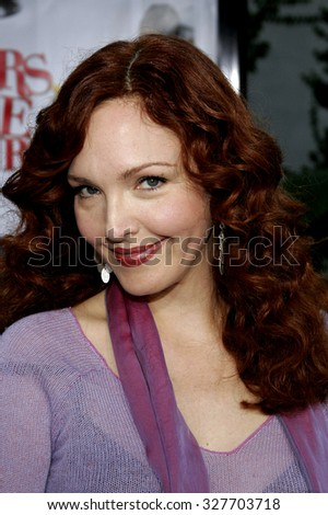 "11/20/2005 - Hollywood - Amy Yasbeck at the ""Yours, Mine, and Ours"" Los Angeles Premiere at the Cinerama Dome in Hollywood, California, United States."