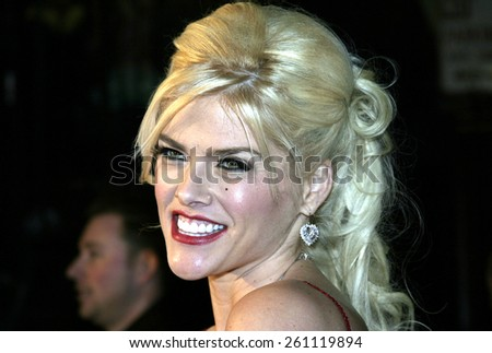 "02/14/2005 - Hollywood - Anna Nicole Smith at the ""Be Cool"" Premiere Red Carpet at Grauman's Chinese Theater in Hollywood.  - stock photo"