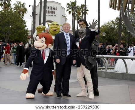 03/10/2006 - Hollywood - Donald Trump kicks off the sixth season casting call search for THE APPRENTICE held at the Universal Studios in Hollywood, California, United States.  - stock photo