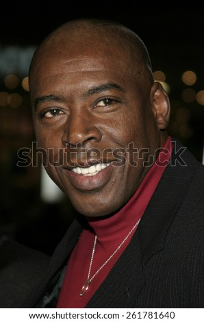 """03/23/2005 - Hollywood - Ernie Hudson at the """"Miss Congeniality 2: Armed and Fabulous"""" Premiere at the Chinese Theatre. - stock photo"""