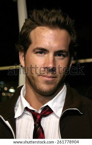 """03/23/2005 - Hollywood - Ryan Reynolds at the """"Miss Congeniality 2: Armed and Fabulous"""" Premiere at the Chinese Theatre. - stock photo"""