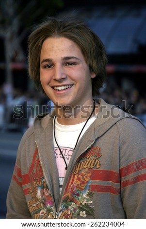 "04/04/2005 - Hollywood - Shawn Pyfrom at the ""Sahara"" Premiere at the Grauman's Chinese Theater. - stock photo"