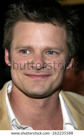 "04/04/2005 - Hollywood - Steve Zahn at the ""Sahara"" Premiere at the Grauman's Chinese Theater. - stock photo"
