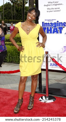 """6/6/2009 - Hollywood - Vanessa Williams at the Los Angeles Premiere of """"Imagine That"""" held at the Paramount Studios Lot in Hollywood, United States.  - stock photo"""