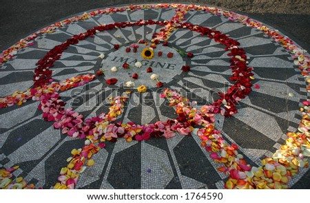 Imagine Monument To John Lennon With Flowers In Peace Sign Strawberry Fields