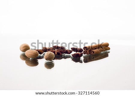 ?innamon, anise and nutmeg on the table