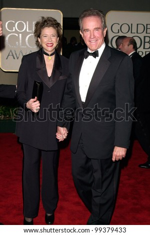 23JAN2000:  Actor WARREN BEATTY & actress wife ANNETTE BENING at the Golden Globe Awards in Beverly Hills.  Paul Smith / Featureflash