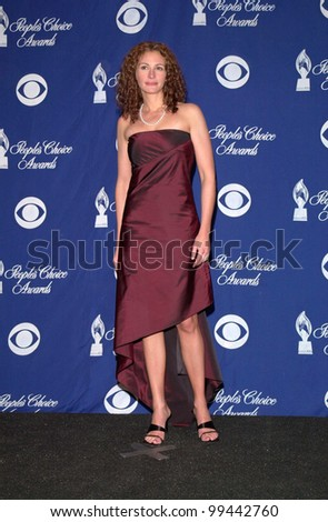09JAN2000:   Actress JULIA ROBERTS at the 26th Annual People's Choice Awards in Pasadena, CA, where she won the award for Favourite Movie Actress.  Paul Smith / Featureflash - stock photo