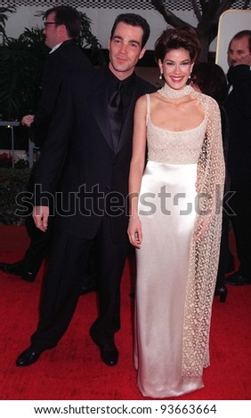 19JAN97:  Actress TERI HATCHER & boyfriend at the Golden Globe Awards.       Please Credit: Pix: JEAN CUMMINGS