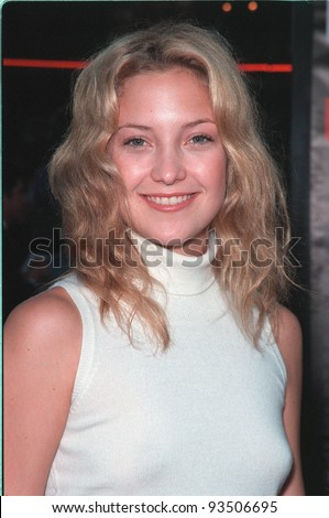 "13JUL99:   Actress KATIE (KATE) HUDSON (daughter of Goldie Hawn) at the world premiere, in Los Angeles, of  ""Eyes Wide Shut"".  Paul Smith / Featureflash"