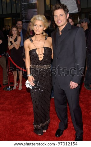 20041114: Los Angeles, CA: Pop star JESSICA SIMPSON & husband singer NICK LACHEY at the 32nd Annual American Music Awards at the Shrine Auditorium, Los Angeles, CA.