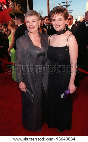 23MAR98:  Actress DAME JUDI DENCH & daughter FINTY at the 70th Academy Awards.
