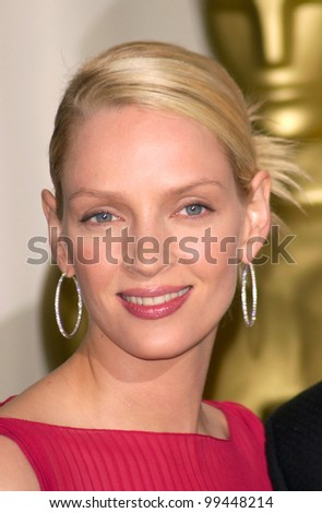 26MAR2000:  Actress UMA THURMAN at the 72nd Academy Awards.  Paul Smith / Featureflash - stock photo