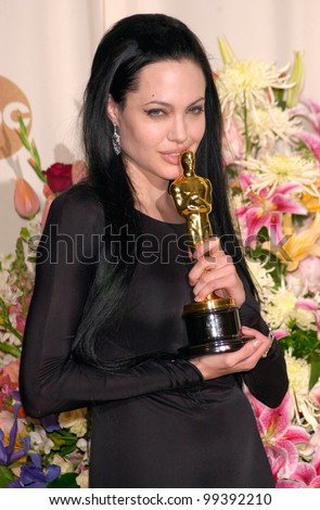 26MAR2000:  Best Supporting Actress ANGELINA JOLIE at the 72nd Academy Awards.  Paul Smith / Featureflash - stock photo