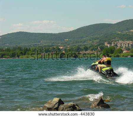 2 men on a jetski