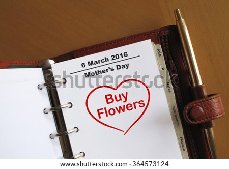 Mother's Day reminder in an organiser                            - stock photo