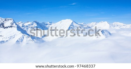 mountains under snow in the winter