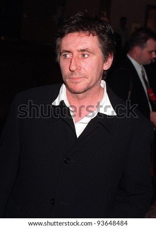 14NOV97:  Actor GABRIEL BYRNE at the 5th Annual Race to Erase MS Gala & Fashion Show at the Century Plaza Hotel, Los Angeles.