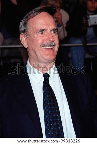 "08NOV99: Actor JOHN CLEESE at world premiere, in Los Angeles, of the new James Bond movie ""The World Is Not Enough"" in which he plays ""R"".  Paul Smith / Featureflash"