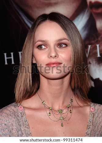 "17NOV99:  French actress/singer VANESSA PARADIS at the world premiere, in Hollywood, of boyfriend Johnny Depp's new movie ""Sleepy Hollow.""  Paul Smith / Featureflash - stock photo"