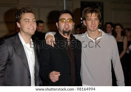 *NSYNC stars LANCE BASS (left), CHRIS KIRKPATRICK & JC CHASEZ at the 28th Annual People's Choice Awards in Pasadena. 13JAN2002.  Paul Smith/Featureflash - stock photo