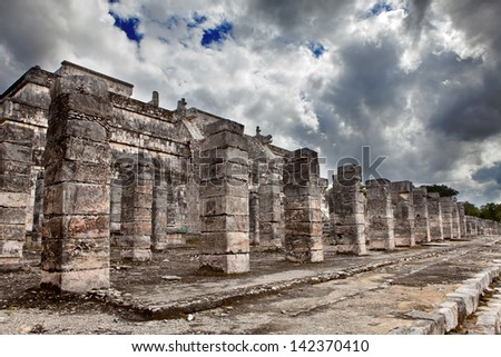 1000 pillars complex at Chichen Itza site, Yucatan, Mexico