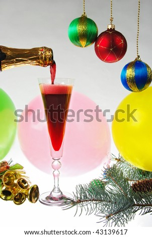 Pouring red champagne