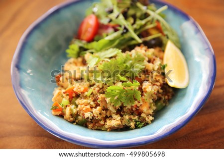 salad with quinoa and salmon