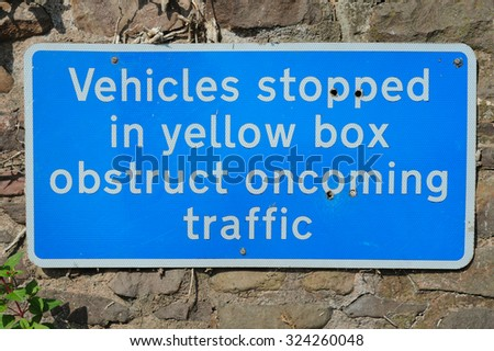 """""""Unsuitable for Heavy Goods Vehicles"""" Road Sign in the Rural Village of Dunster on Exmoor National Park in Somerset, England, UK - stock photo"""