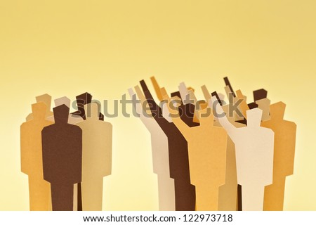 A big group on agreement against a smaller group of the same people. Majority / minority. Divided society.