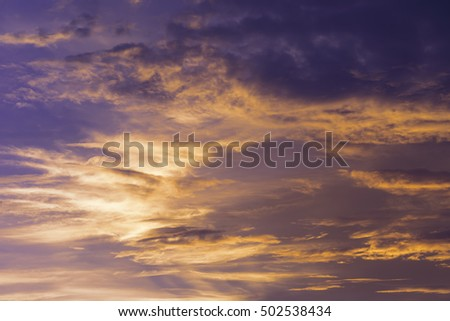 A colorful sky sun set with cloud.