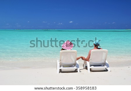 A couple on the beach of Exuma, Bahamas