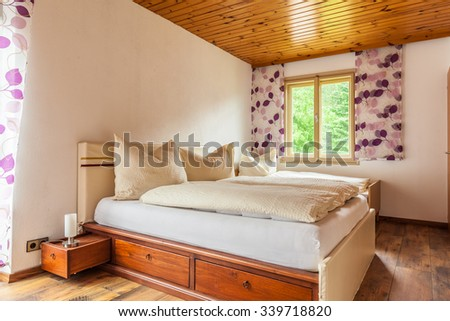 a cozy bed and breakfast or hotel bedroom in Austria
