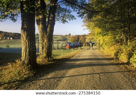A dirt road leading to Jenne Farm in Vermont - stock photo