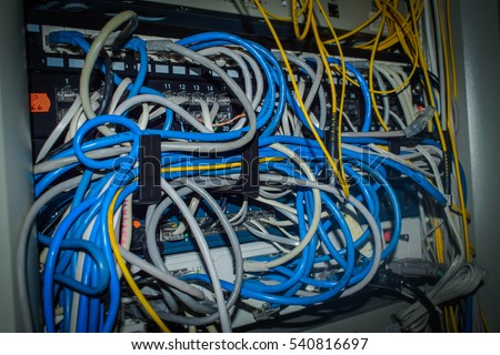 a lot of wires onlineNetwork panel switch and cable in data center : patch panel wiring - yogabreezes.com