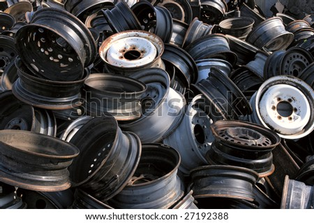 A pile of rims