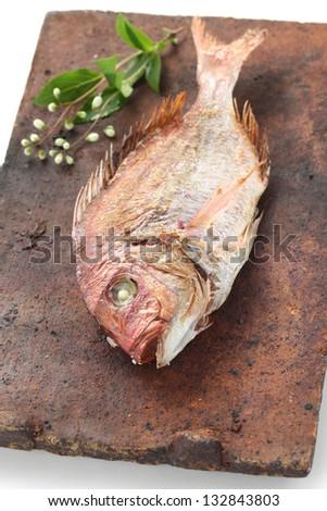 tai no shioyaki japanese cuisine a red sea bream grilled with salt tai ...