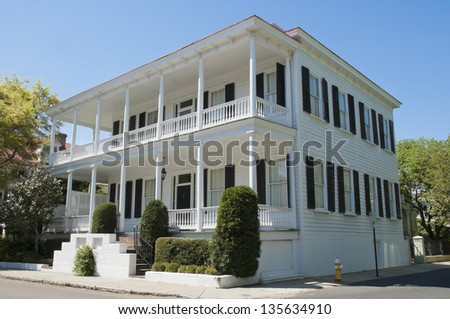 A Single House Architecture style dwelling unique to Charleston, South Carolina. - stock photo