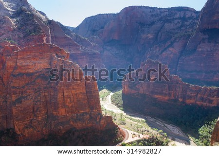 A stunning view of Zion Canyon from Observation Point, from which the famous Angles Landing is also visible.