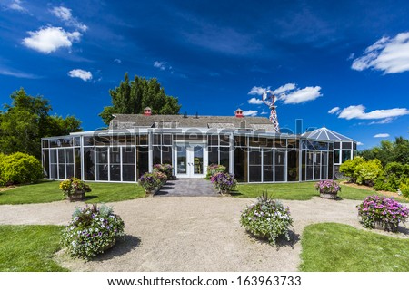 Sunroom stock images royalty free images vectors for Sunroom attached to house