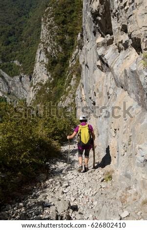 Hiking mature