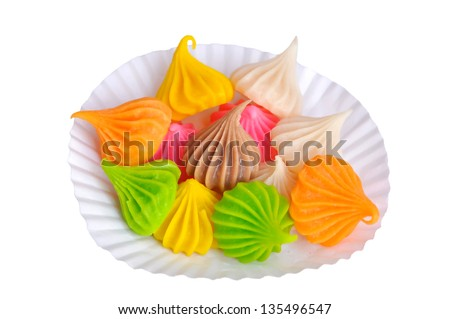 Aalaw sweet dessert made �¢??�¢??of flour. The outer surface is solid sugar. The inner is viscosity starchy. There are many colors and fragrant.