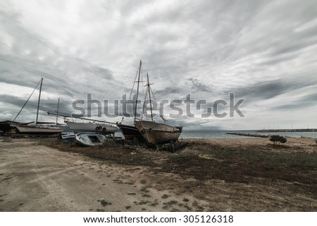 Abandoned Yachts after a shipwreck