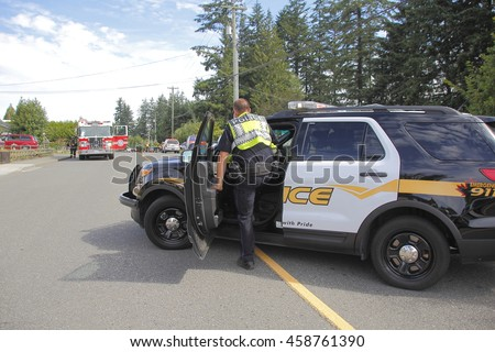 ABBOTSFORD - JULY 25, 2016: Police respond to a domestic incident on JULY 25, 2016 in Abbotsford, British Columbia, Canada.