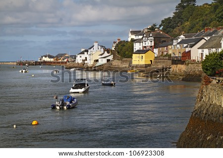 Aberdyfi or Aberdovey as the English call it lies on the Dyfi estuary in Wales.