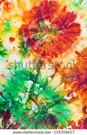 Батик какого цвета