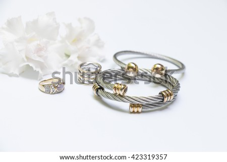 accessories for woman