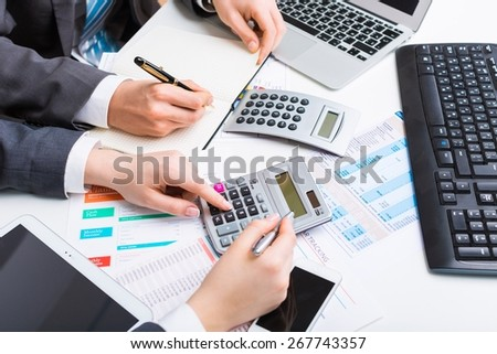 Accounting, accountant, cost.